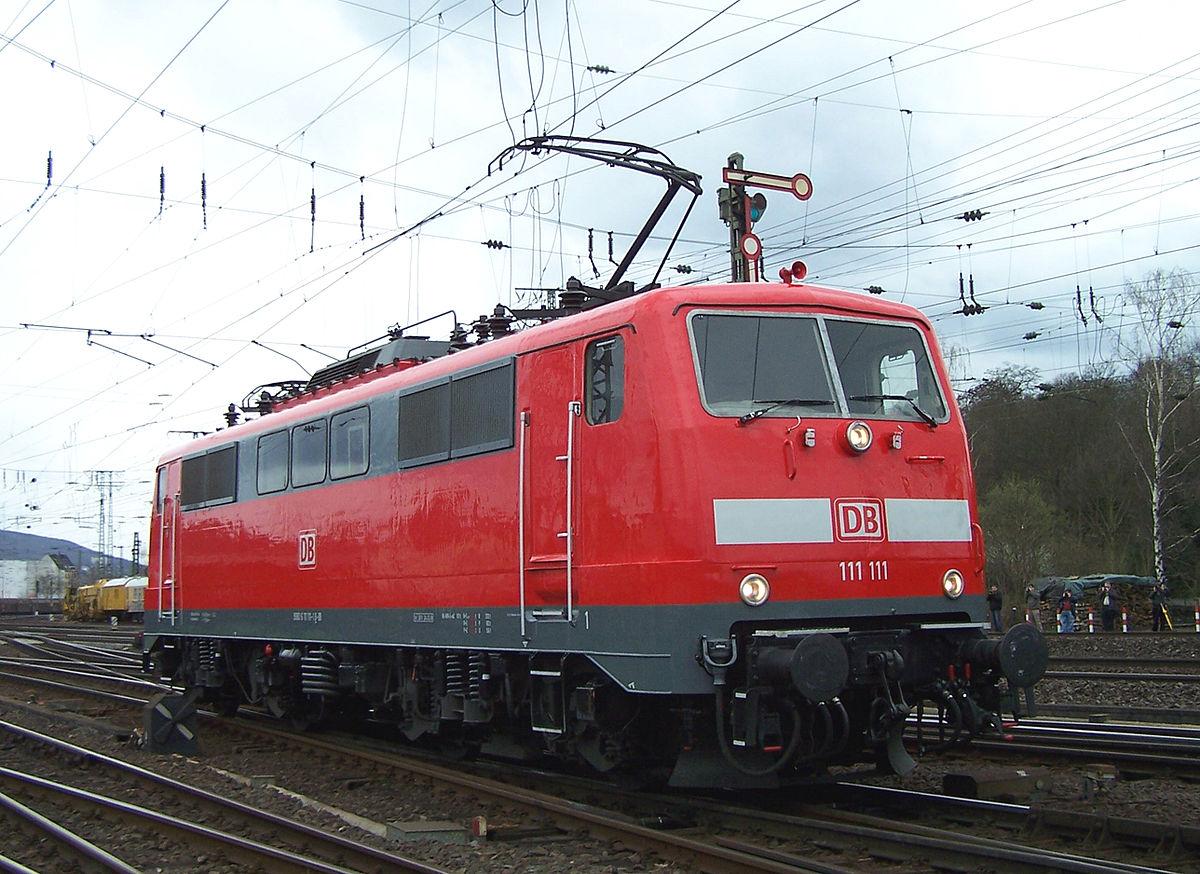 E-111 111