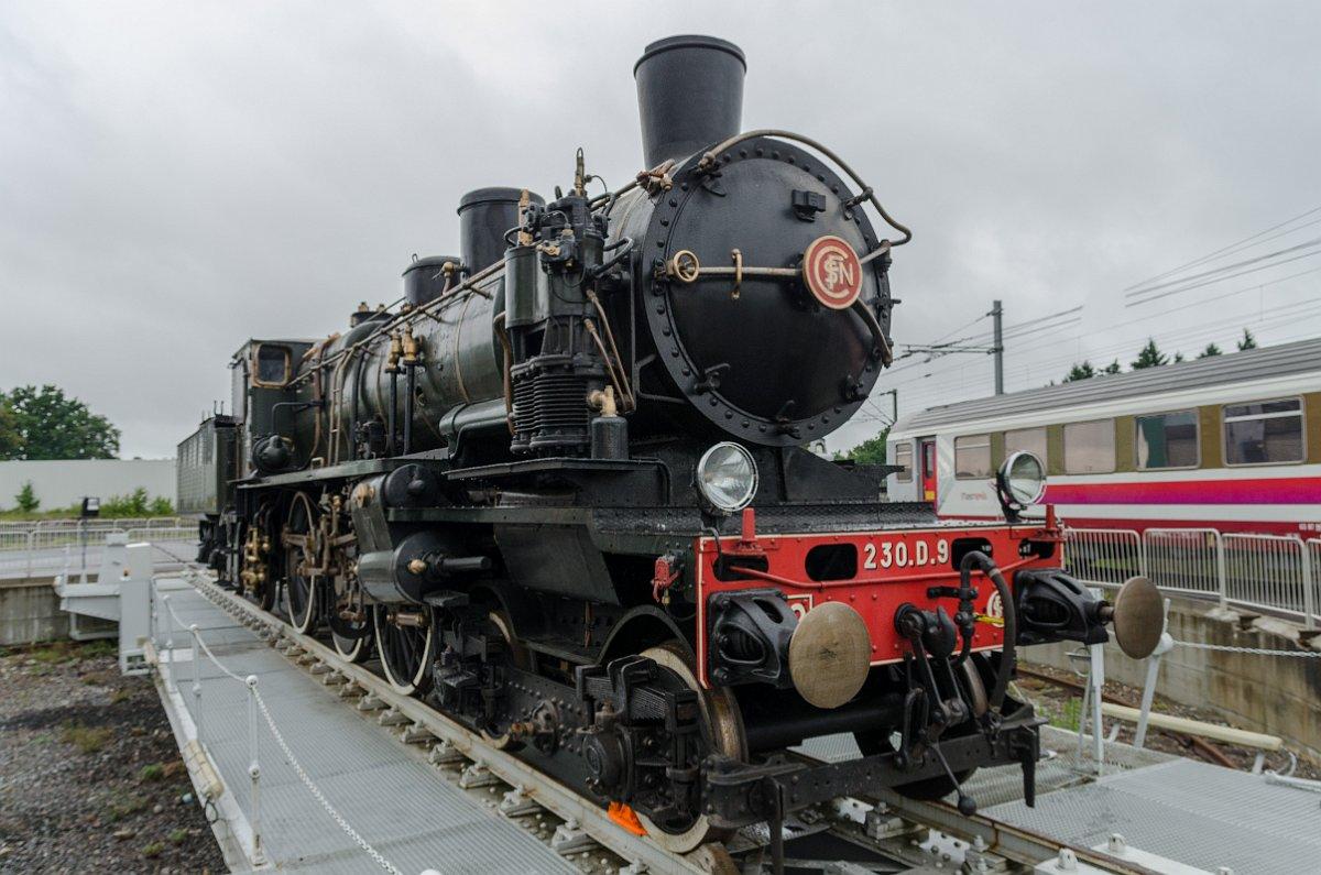 230 D 9