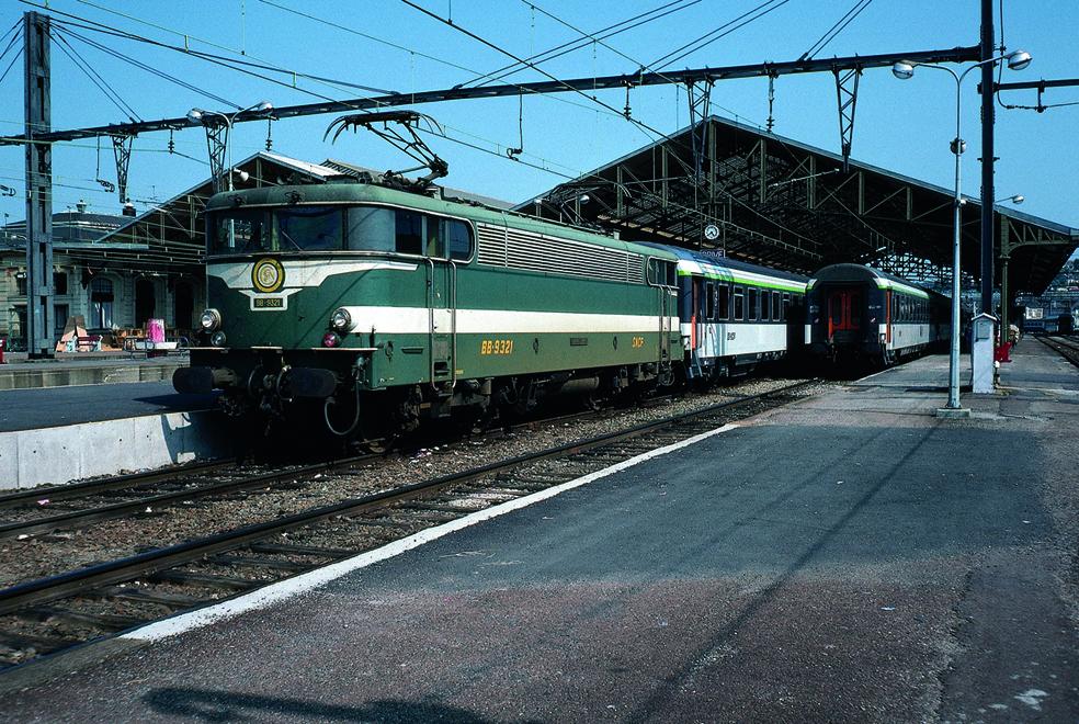 Bb9321