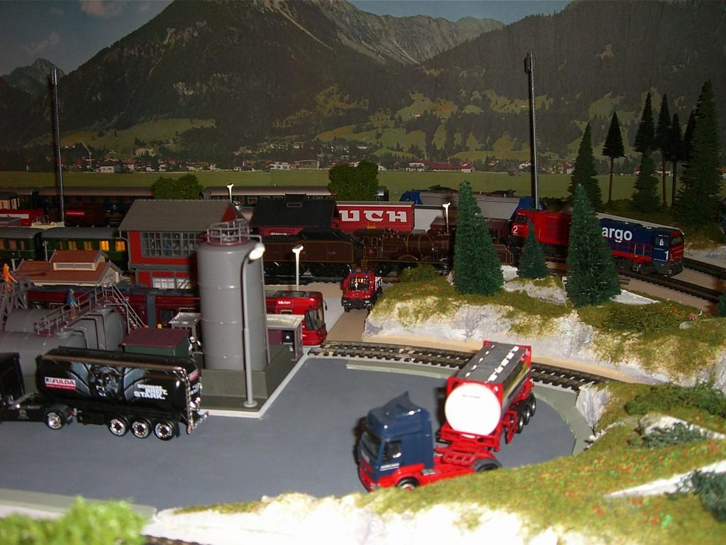 Entrepôt d'huile et poste à gazoil