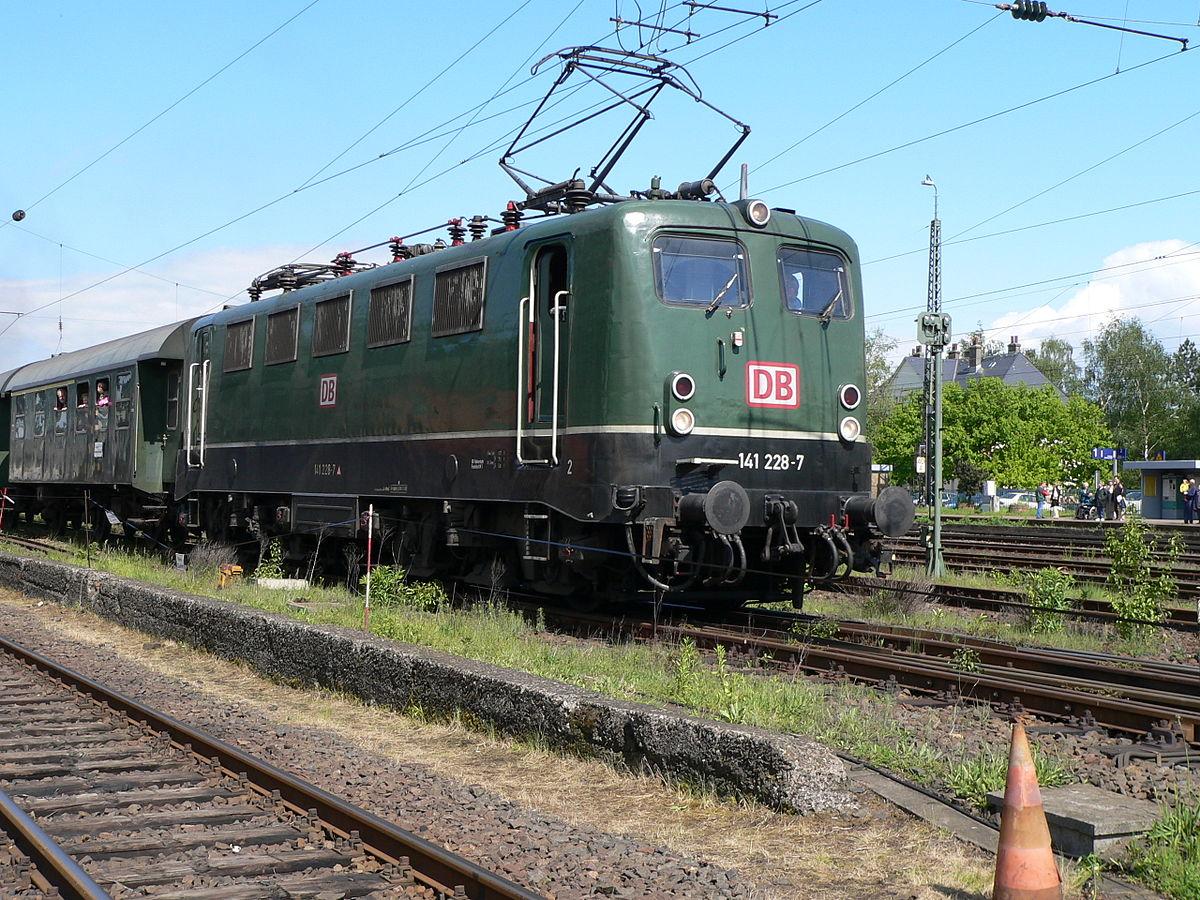 Class 141 228-7