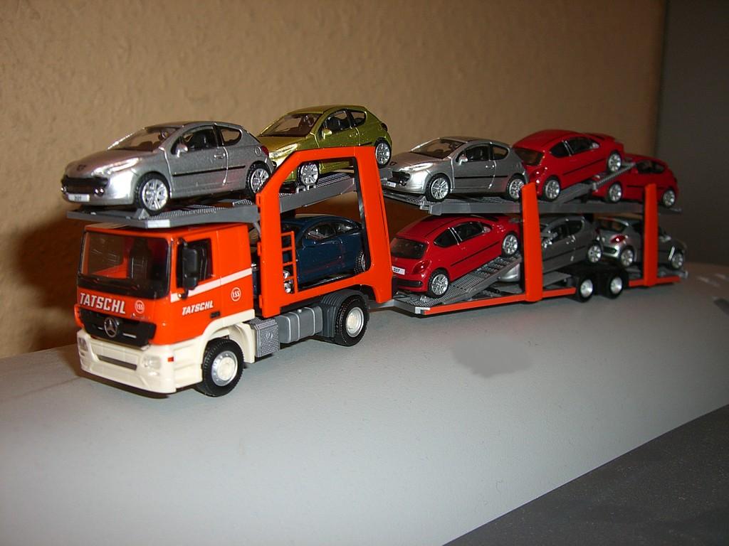 Mercedes transport autos