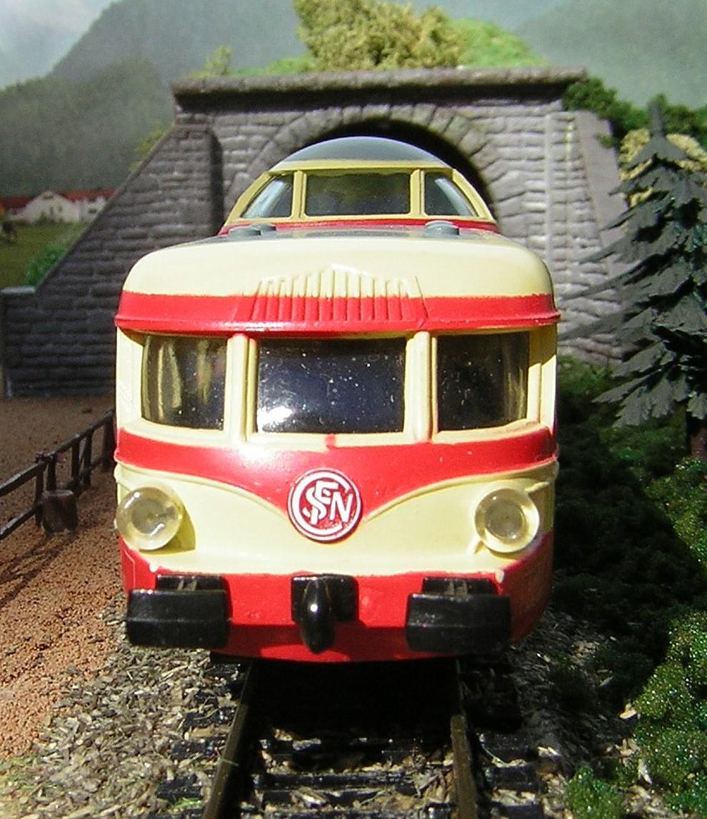 X4203 03